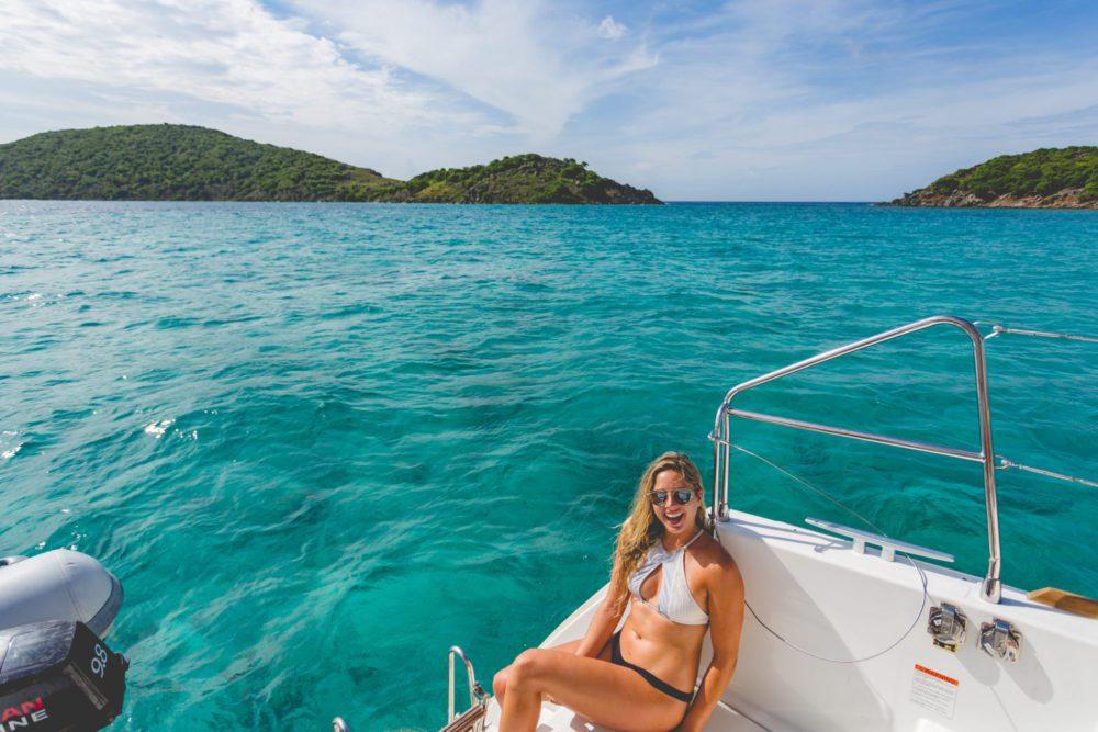 Tourism-video-production-photo-pendula-water-smile-girl